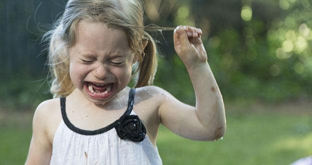 4 Cara Menghadapi Anak Yang Tantrum