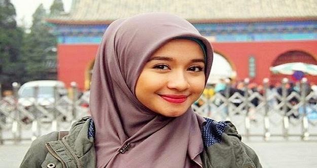 Deretan Selebriti Indonesia Yang Bertransformasi Menjadi Lebih Islami