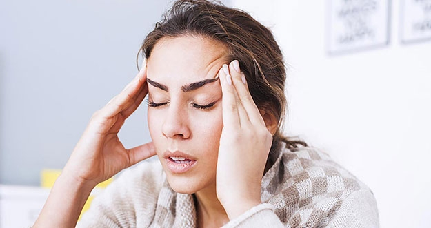10 Cara Meredakan Sakit Kepala