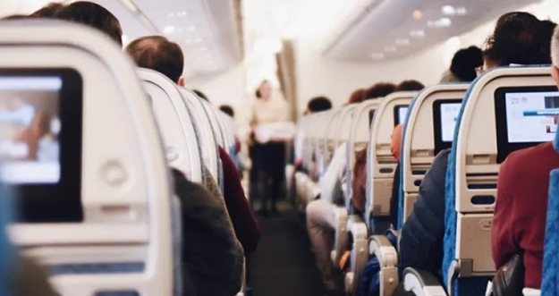 Hal Yang Bisa Dilakukan Saat Di Pesawat Terbang