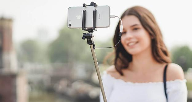Ciri Penipuan Online Berkedok Unggah Selfie dan KTP