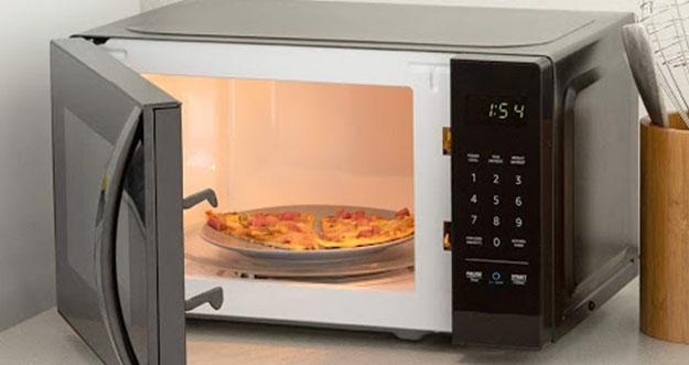 6 Cara Membersihkan Microwave