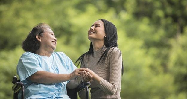 5 Tips Menjaga Hubungan Harmonis Dengan Mertua