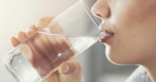 Aturan Waktu Yang Tepat Untuk Minum Air Putih