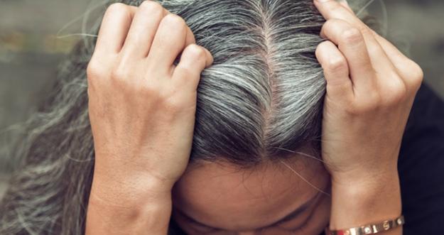10 Penyebab Munculnya Rambut Putih