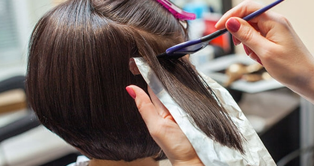 5 Penyebab Warna Rambut Tidak Tahan Lama