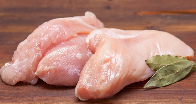 Tanda Daging Ayam Tak Layak Untuk Dimasak