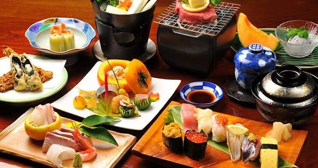 7 Makanan Ala Jepang Yang Sangat Populer Di Indonesia