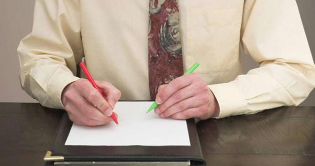 10 Orang Terkenal Dengan Kemampuan Ambidextrous