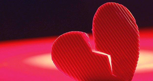 5 Hal Sepele Yang Bisa Membahayakan Hubungan Dengan Pasangan