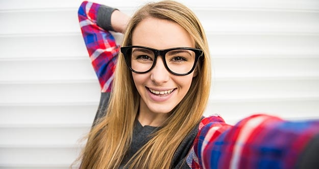10 Gaya Selfie Ini Bisa Menentukan Sifat Seseorang
