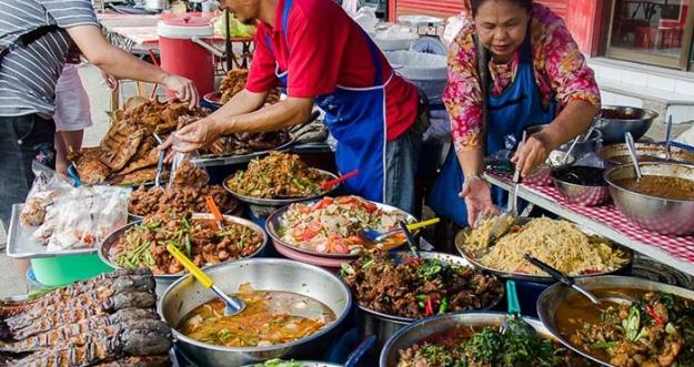 Makanan Jalanan Populer Dari Negeri Thailand