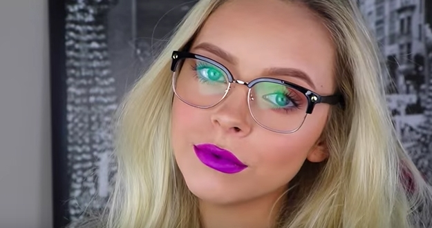 5 Tips Make Up Bagi Yang Berkacamata