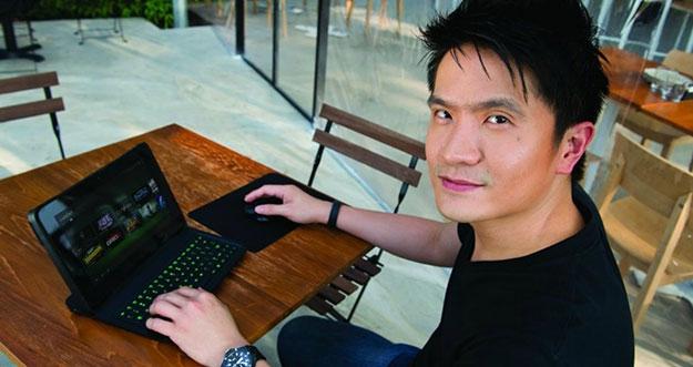 Miliarder Tampan Yang Hobi Bermain Game