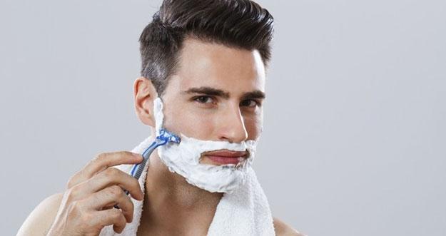 5 Tips Agar Tidak Luka Saat Bercukur