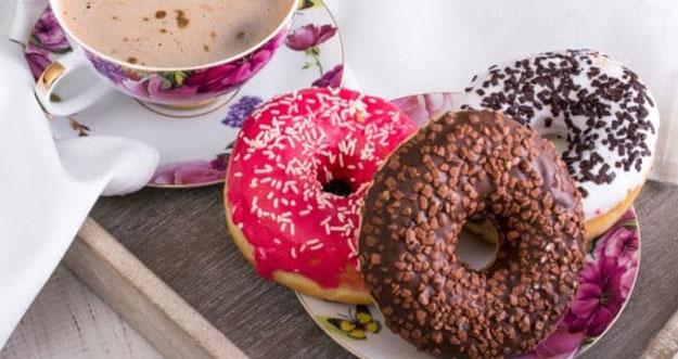 Cara Menghentikan Kebiasaan Konsumsi Makanan Manis