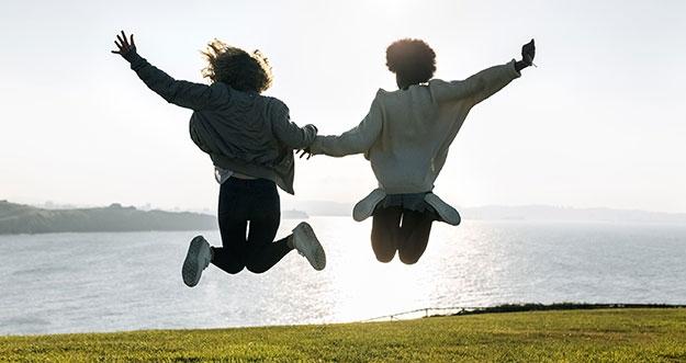 5 Tanda Kamu Telah Menemukan Sahabat Sejati