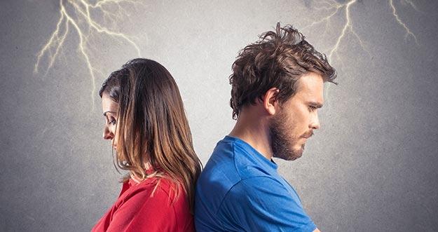 4 Penyebab Hilangnya Rasa Percaya Pada Pasangan