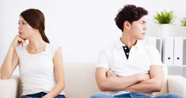 5 Tanda Ketidakcocokan Dalam Hubungan