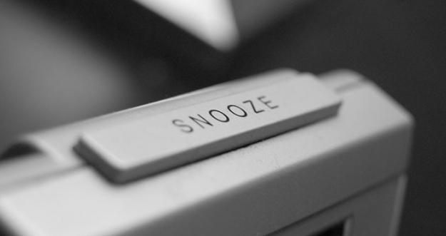Pengaruh Negatif Dari Tombol Snooze Pada Alarm