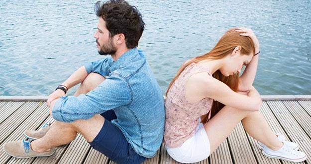 5 Alasan Hubungan Dengan Cinta Pertama Cuma Bertahan Sebentar