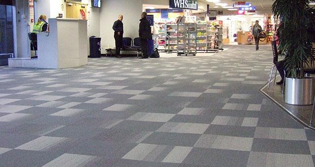Kenapa Lantai Bandara Selalu Menggunakan Karpet?