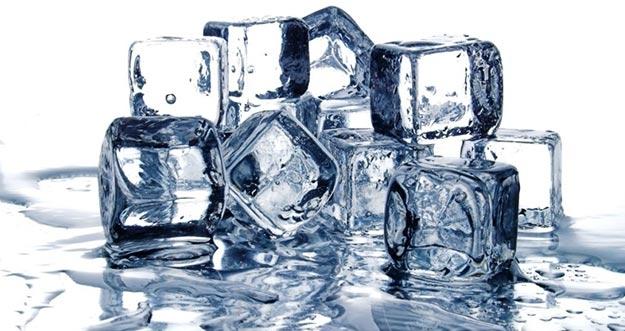 6 Manfaat Es Batu untuk Kecantikan Kulit