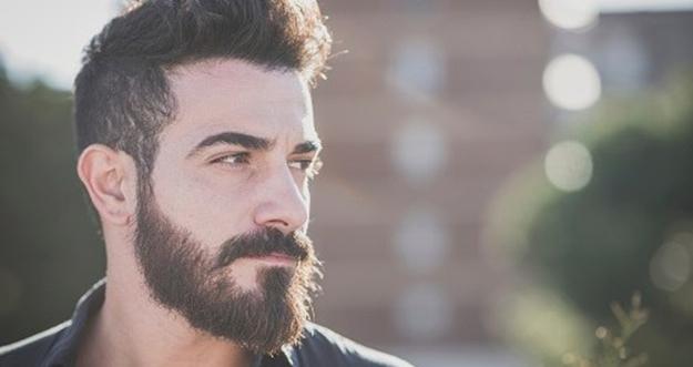 4 Alasan Pria Berjenggot Lebih Menarik