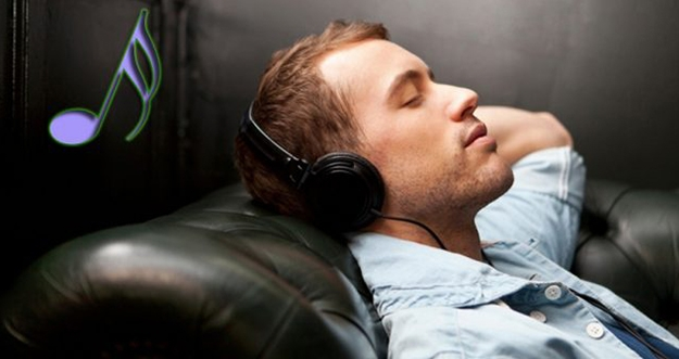 Cara Mendengarkan Musik Secara Aman