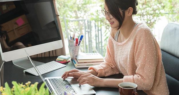 5 Cara Meningkatkan Produktivitas Saat Bekerja di Rumah