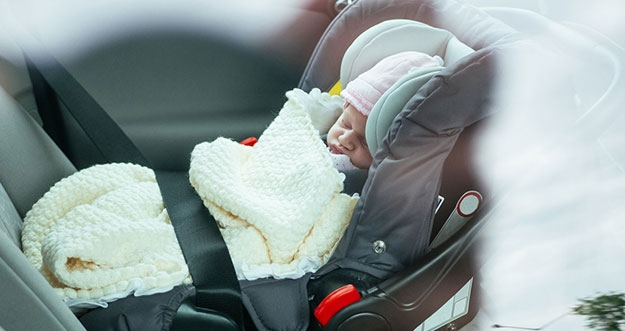 Tips Berkendara Aman dan Nyaman Bersama Bayi