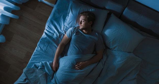 Tips Tidur Cepat Saat Pikiran Stres