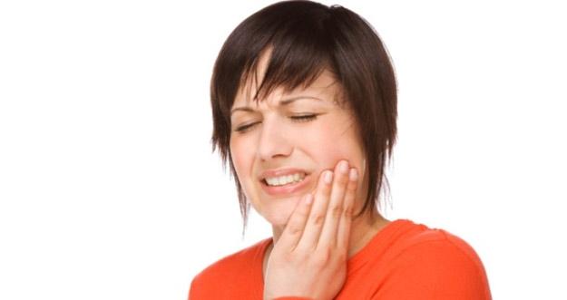Cara Alami Mengatasi Sakit Gigi