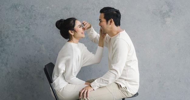 Tips Membuat Pasangan Terkesan Padamu