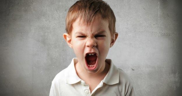 4 Tips Bagi Orang Tua Untuk Mengatasi Sifat Buruk Anak