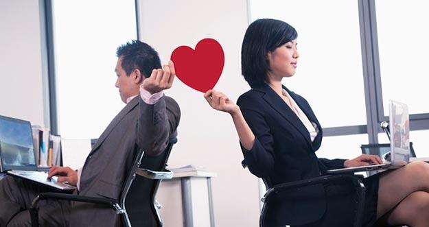 Tips dan Trik Ajak Kencan Rekan Kerja Sepulang Bekerja