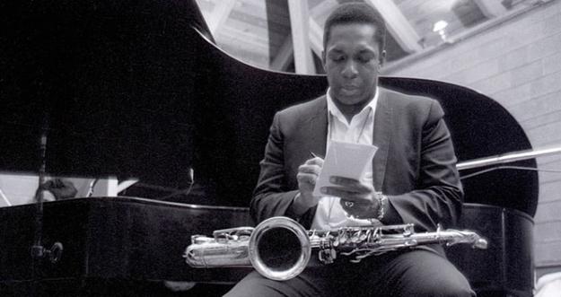 Pemain Saxophone Jazz Legendaris