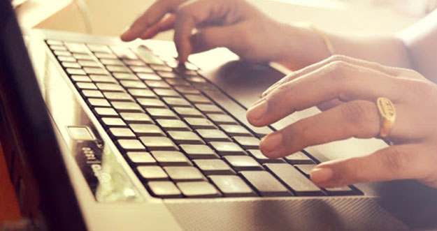 Bahaya Memangku Laptop Dalam Jangka Waktu Lama