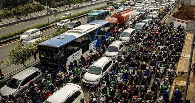 Kota Paling Macet Di Asia Tenggara, Jakarta?