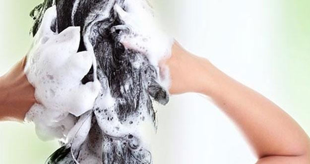 Rajin Mencuci Rambut, Sehatkah?