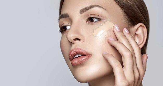 Teknik Makeup Yoga Skin Yang Sedang Tren