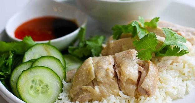 Resep Hidangan Imlek Ayam Hainan Saus Jahe