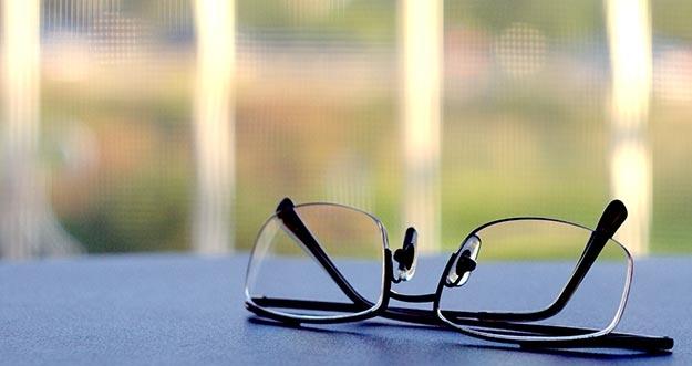 Mata Minus Menular Melalui Kacamata, Mitos Atau Fakta?