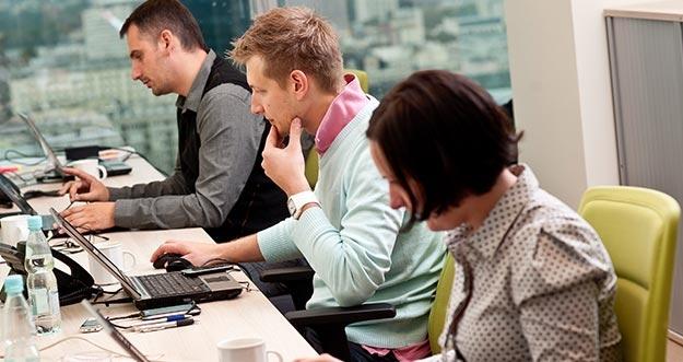 4 Tipe Karyawan Kantor, Kamu Tipe Yang Mana?