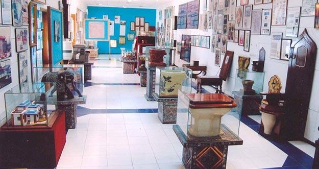 Penampakan Museum Toilet Pertama Di Dunia