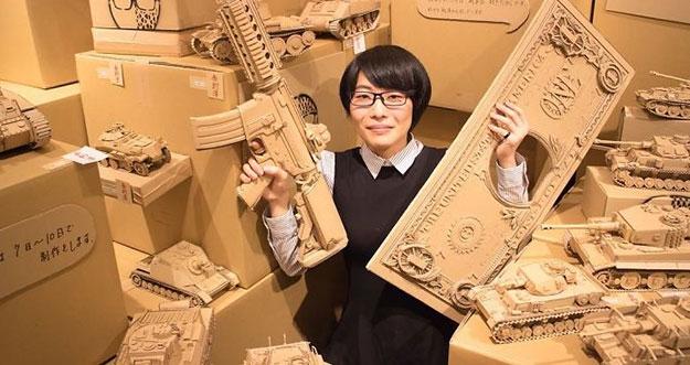 Hebat, Seniman Jepang Ini Mengubah Kardus Bekas Menjadi Karya 3D