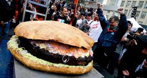 10 Burger Paling Unik di Dunia