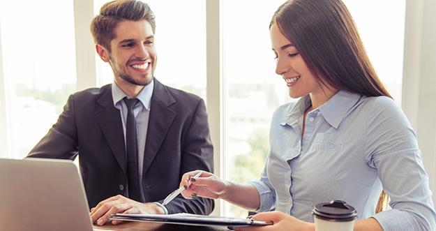 6 Trik Bergaul Dengan Rekan Kerja Baru