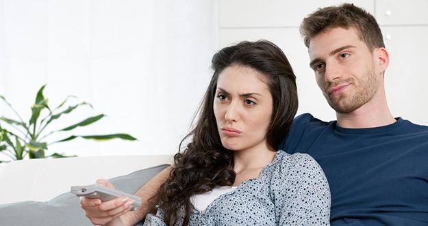 4 Cara Menyelamatkan Hubungan yang Membosankan