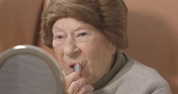 Tips Kecantikan Dari Nenek Berusia 100 Tahun